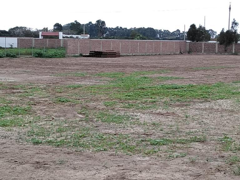 SE VENDE TERRENO INDUSTRIAL EN MALA