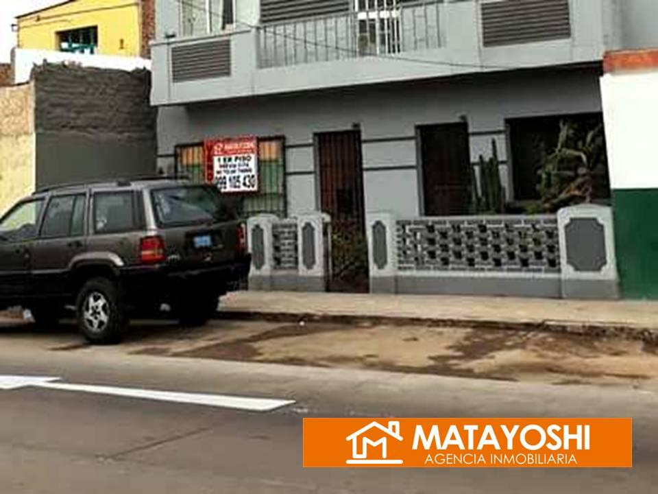 VENDO CASITA CON LOCAL COMERCIAL EN AV SANTA ROSA