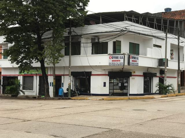 VENDO EDIFICIO CON 3 LOCALES Y 4 DPTOS - PUCALLPA